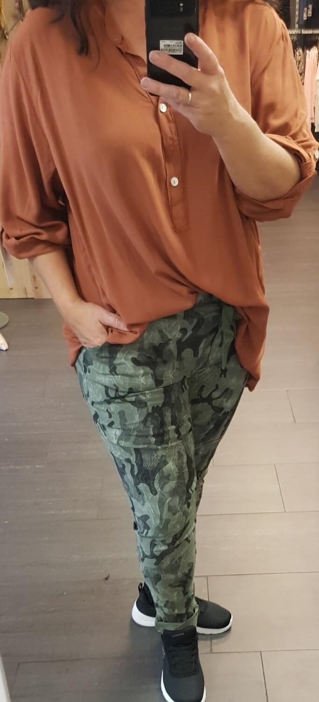 Plus size blouse brique