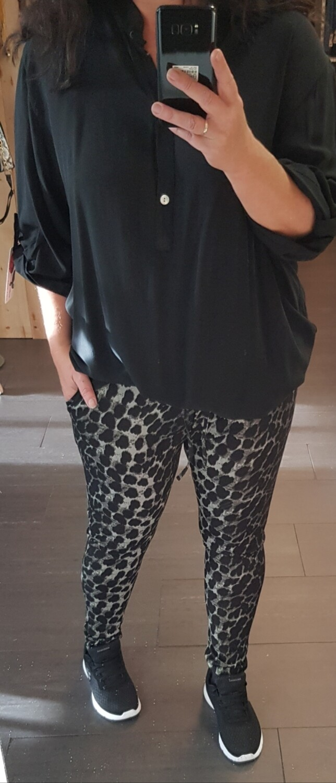 Plus size blouse zwart