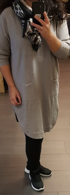 Comfy lange trui met knoopjes taupe