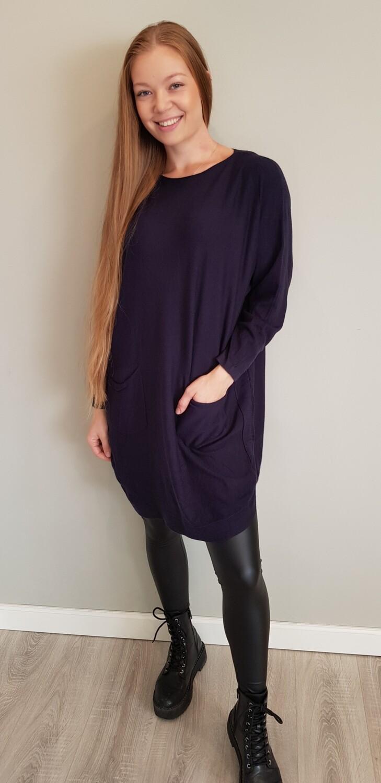 Comfy lange trui met strikjes donker blauw