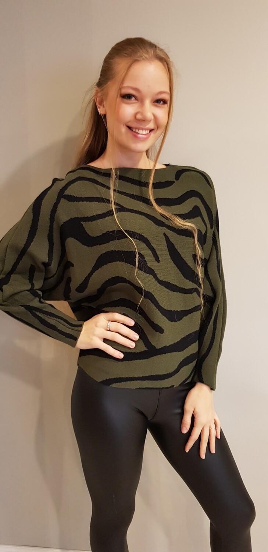 Zebra trui groen met zwart