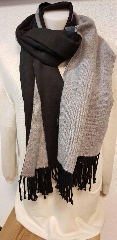 Wintersjaal zwart met grijs