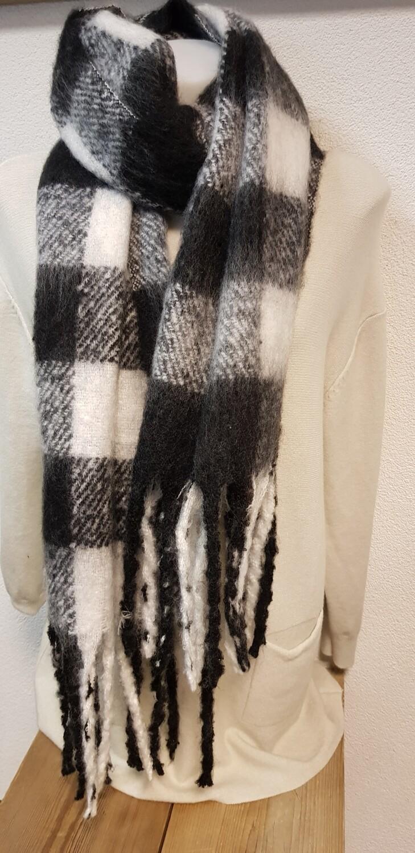 Zwart witte winter sjaal