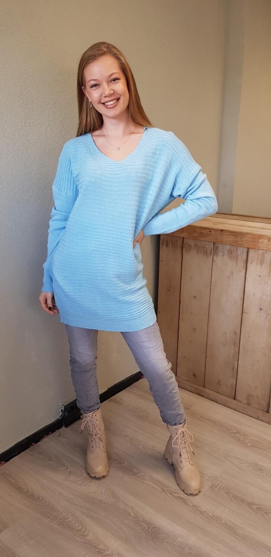 Lange trui baby blauw