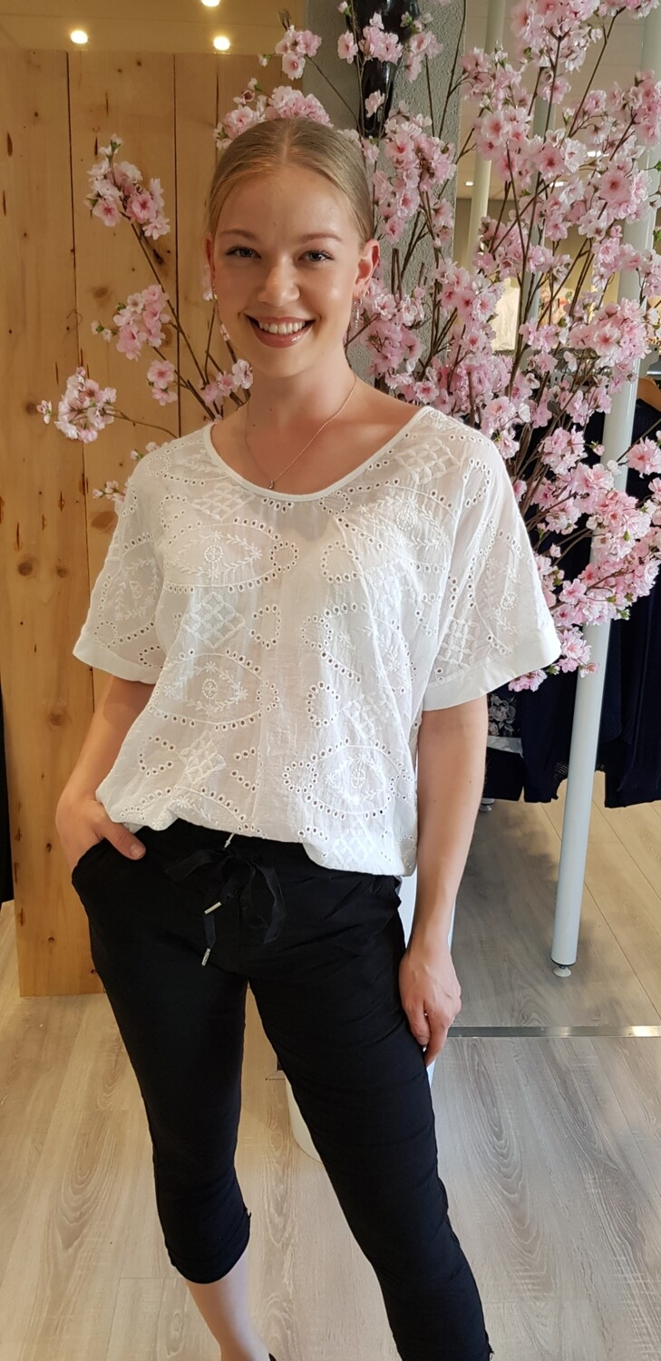 Broderie top Lian wit