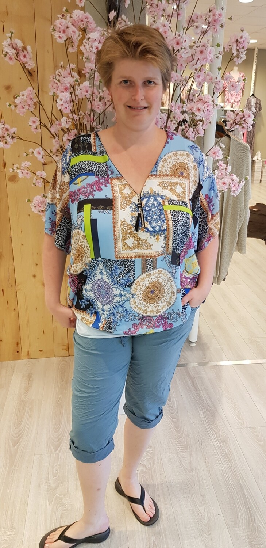 Ballon blouse design licht blauw