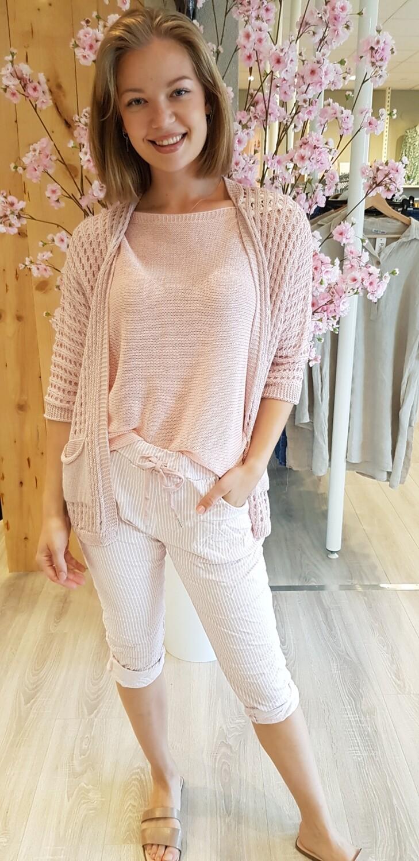 gehaakt vest Flo roze