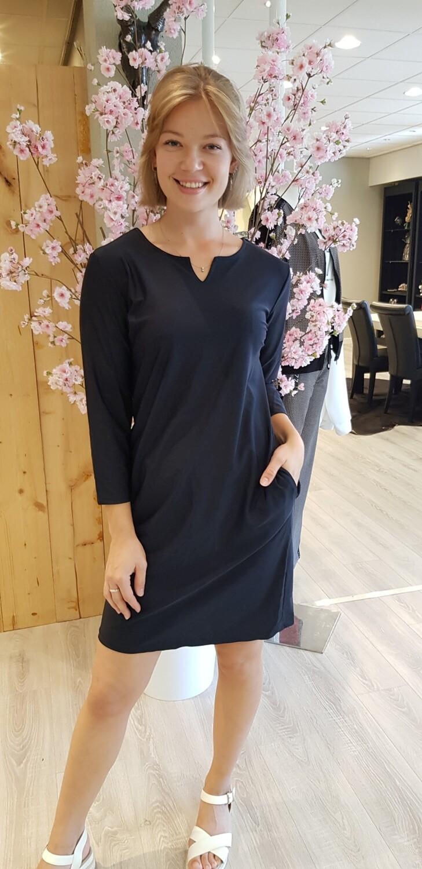 travelstof jurk zwart