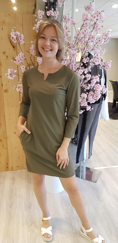 Travelstof jurk groen