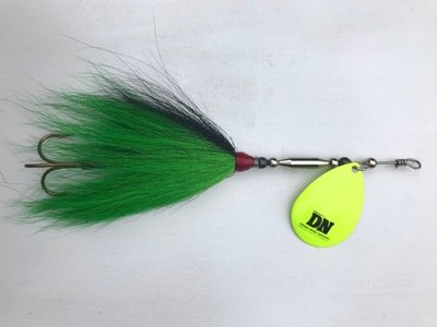 Single #8 Blade Bucktail
