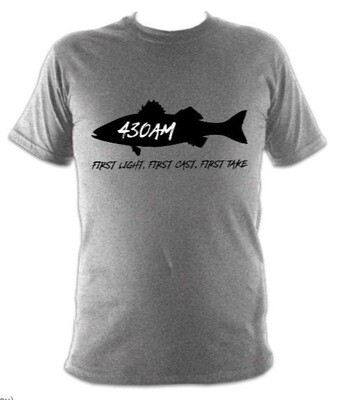 430AM SEA BASS TEE (0vercast Grey)
