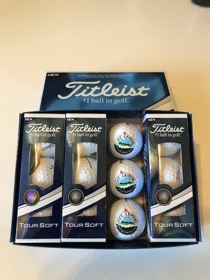 1 Dz Titleist Tour Soft Golfbälle mit GCC-Logo