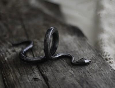 Käärme-servettirengas