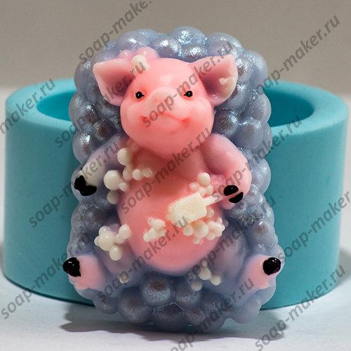 Свинка в пене 3D