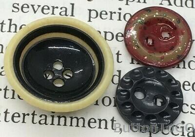 3 celluloid buttons