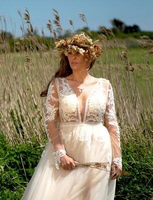 Monet  - Tulle & Lace A-Line Wedding Dress
