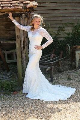 Estelle - Sheath Lace Wedding Dress