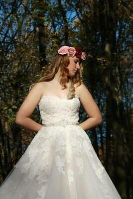 Flori- A-Line Lace Wedding Dress