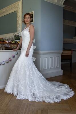 Mermaid Lace Wedding Dress   Style Roxanna
