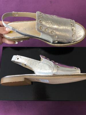 4684 Metallic Silver Leather Slider