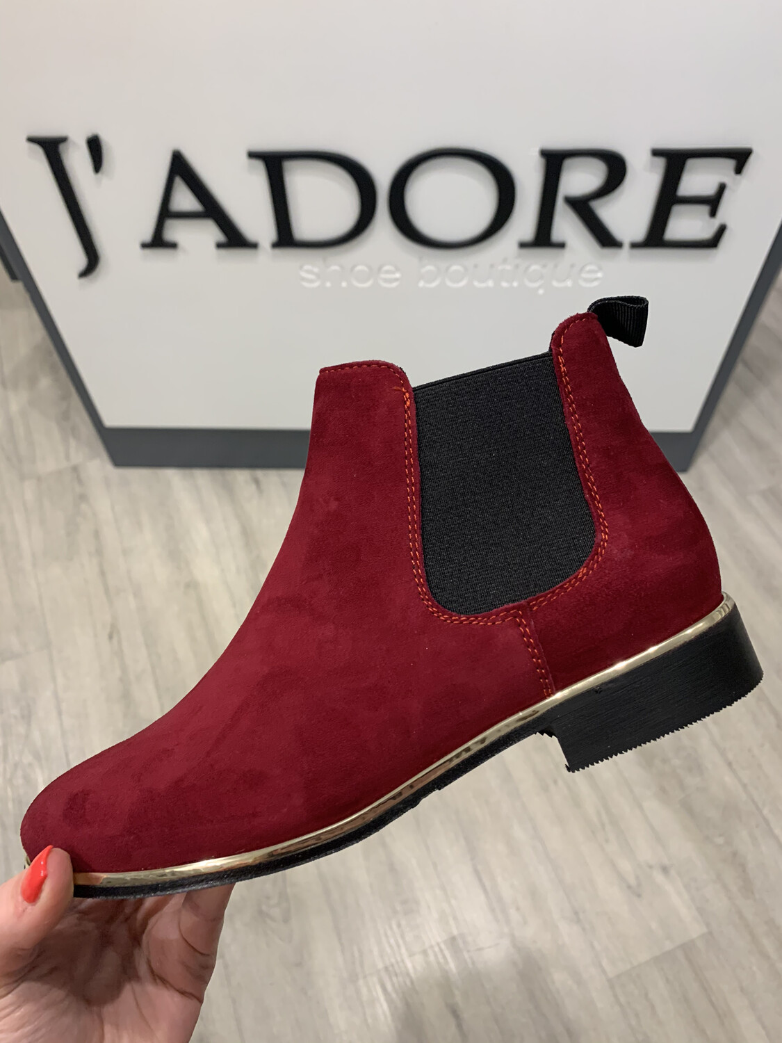 4221 Dark Red Suede Boot