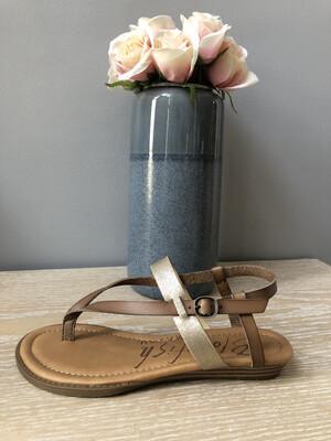 Berg Wheat Gold Flat Thong Sandal