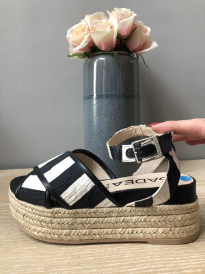 Checkered Wedge Sandal