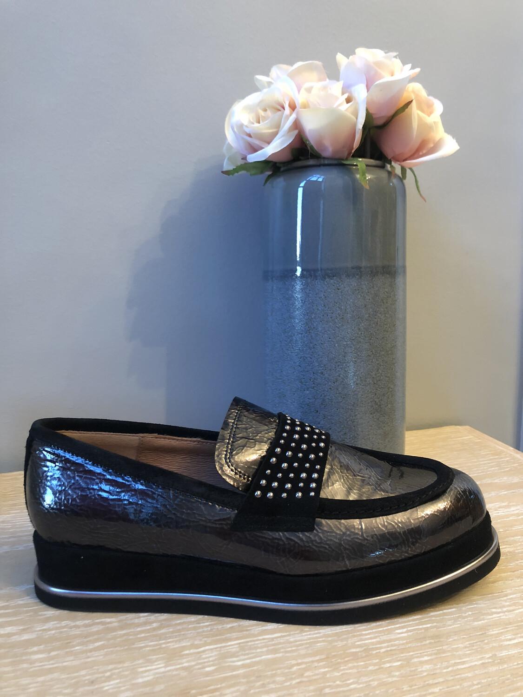 Marian - 27705 Black Patent Flatform Loafer