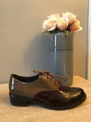Perolo Multi Leather Brogue with Toe Embellishment