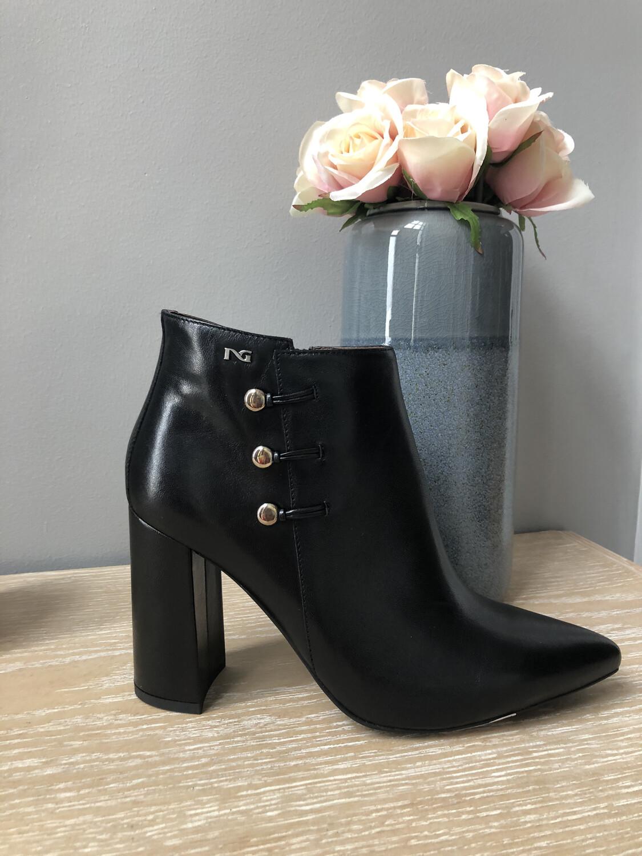 Black High Heel Leather Shootie