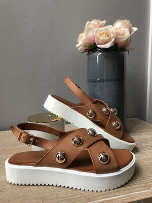 Coconut Stud Criss Cross Platform