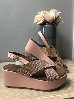 Blush Jewel Wedge