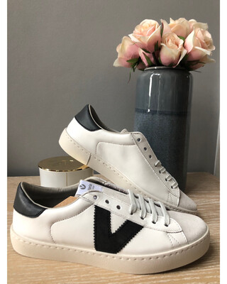 White Leather & Suede Trainer With Grey Detail