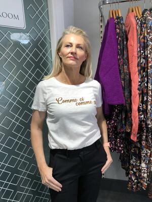 Comme Ci Comme Ca Cloud Dancer T-Shirt