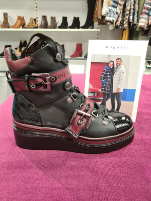 Marcella Black/Burgundy Light Weight Boot