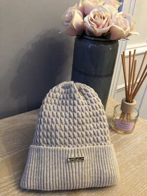 Cable Knit Fleece Lined Hat Oatmeal