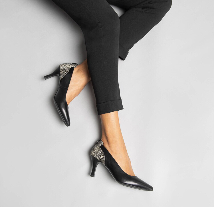 Black Leather Court Shoe with Snake Print Detail
