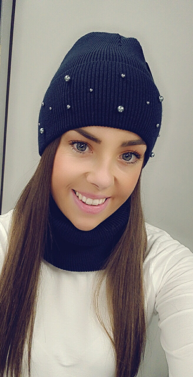 Navy Snood Set With Pearl Detail