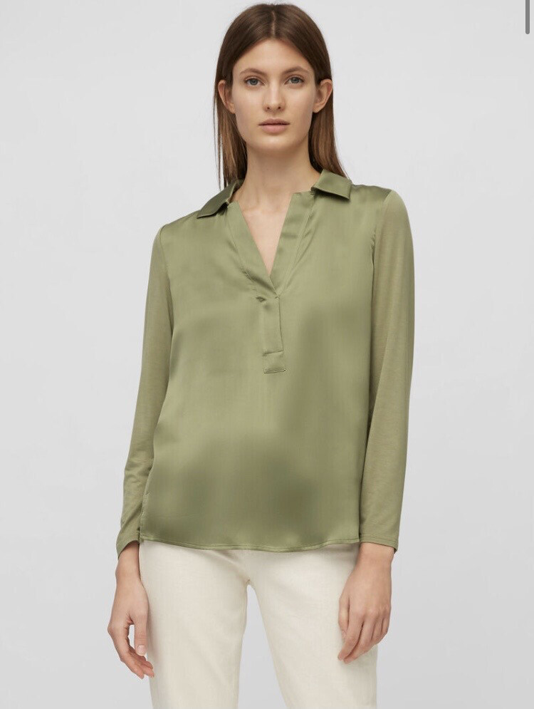 SUSTAINABLE Dried Sage Blouse in an Elegant Mix of Materials