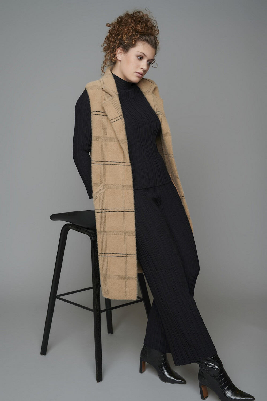 Dallas Checked Tan Knitted Waistcoat
