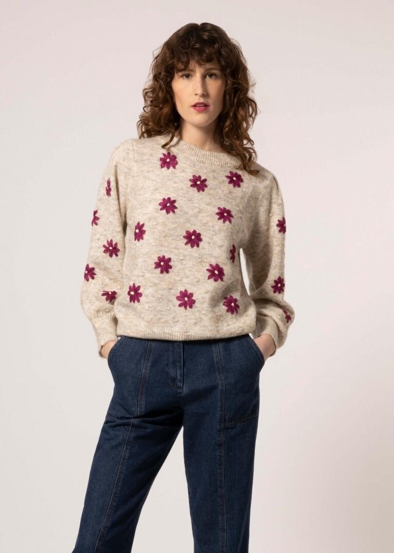 Noisette Cream Knit With Purple Flowers
