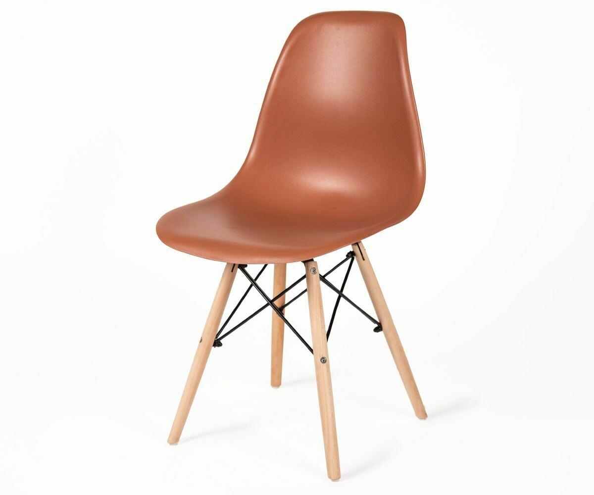 Стул Eames коричневый