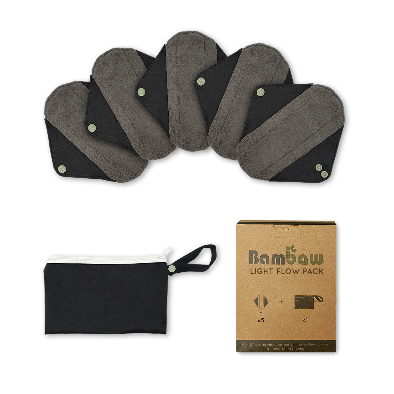 Die wiederverwendbaren Damenbinden im 5er-Pack mit auslaufsicherer Tasche