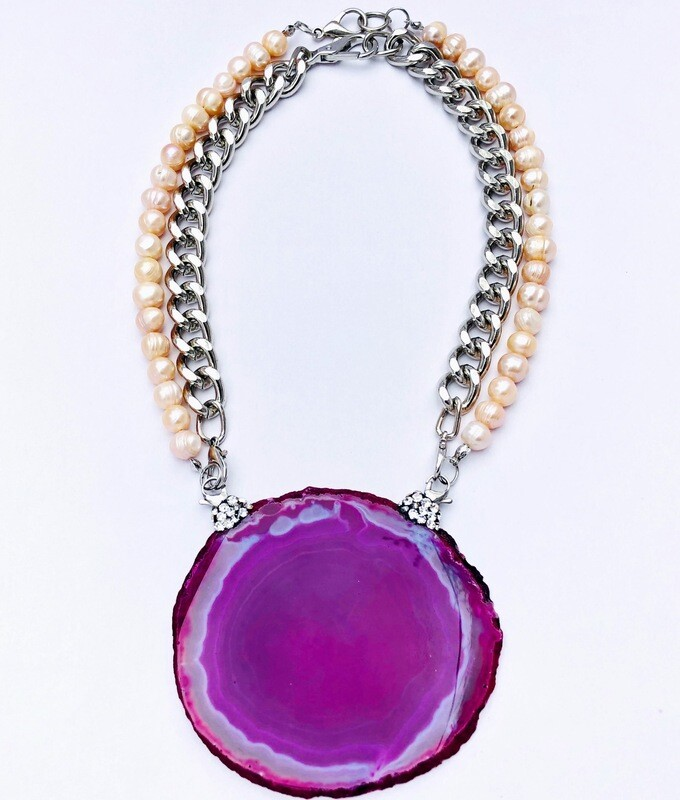 """""""A-gate to Love"""" Collection  Handmade Pink Lace Agate Pendent on interchangeable Fresh Water Pearl Necklace & Metal Chain."""