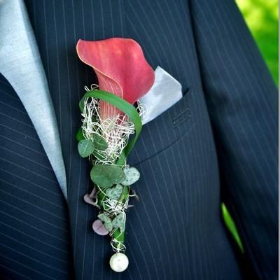 Anstecker Hochzeit Calla rot