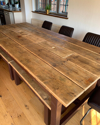 Prosecco Dining Table & 4 Benches