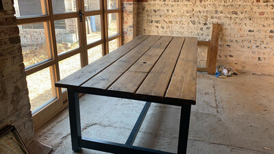 PRE-MADE Prosecco Dining Table