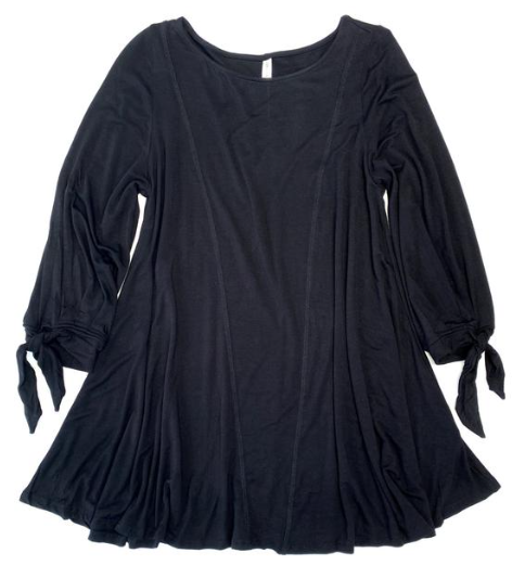 Bowing Out Top in Black