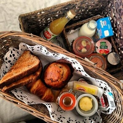 Breakfast Basket (1 Person)