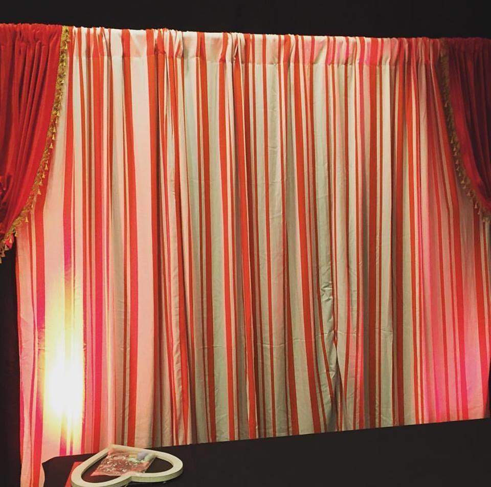 Drape - Red/White stripe